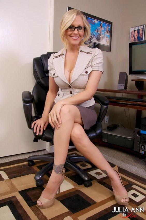 Julia Ann Sexy Segretaria