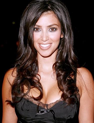 Kim kardashian la donna pi hot del mondo piuincontri - Porno in camera da letto ...