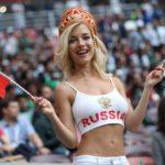 Chi è Natalya Nemchinova, la bella tifosa russa con un trascorso da pornostar