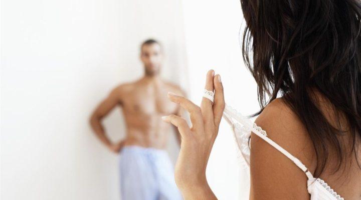 Fare sesso bene ti fa stare meglio, ecco 10 motivazioni per praticarlo di più.