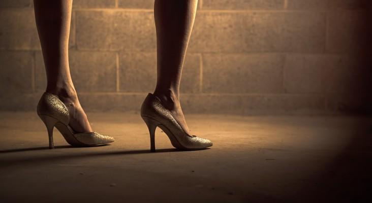 Ma le gambe contano di più: le gambe delle donne come arma di seduzione