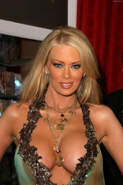 jenna-jameson-net-worth2