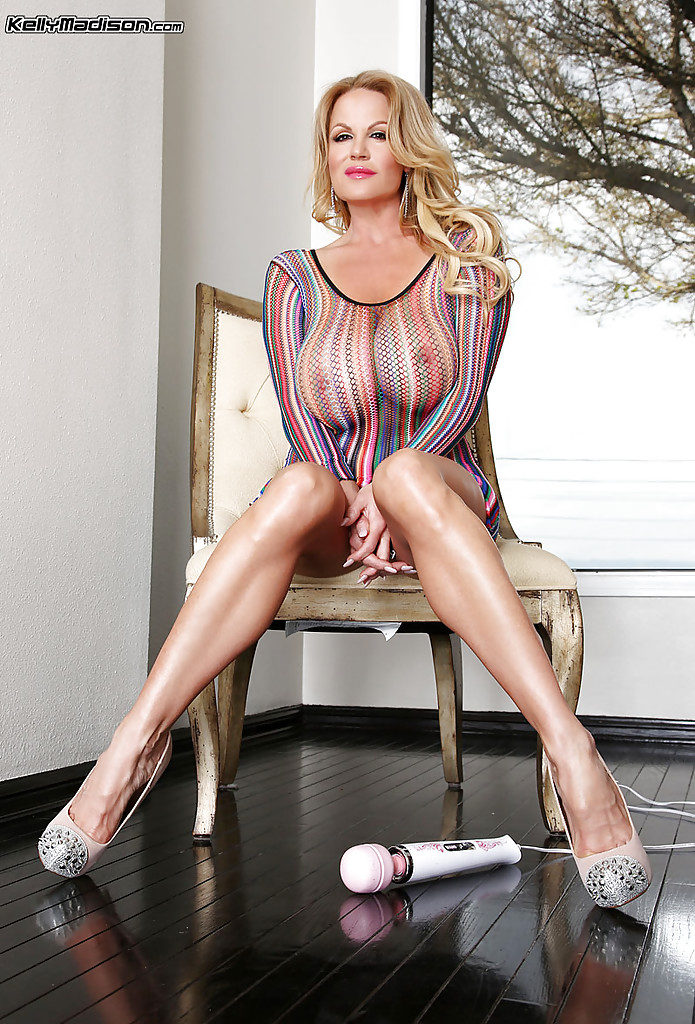 kelly madison pornostar milf