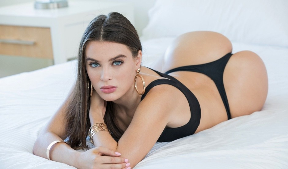 Lana Rhoades le migliori pornostar lesbo