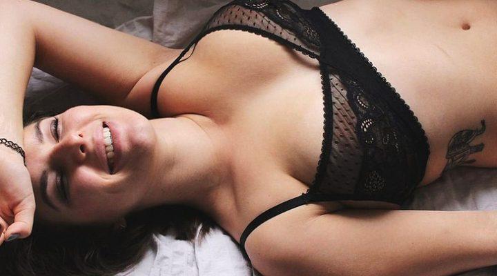 Cosa è il corgasm? I 5 segreti per conoscere cosa c'è dietro le donne che provano orgasmi in palestra