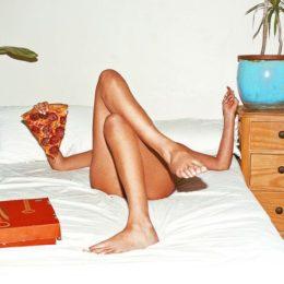 Come il sesso può aiutarci a sconfiggere l'insonnia