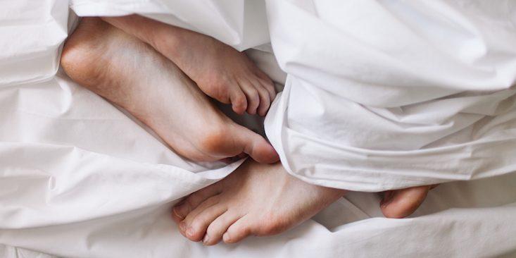 3 posizioni semplici per il sesso la mattina